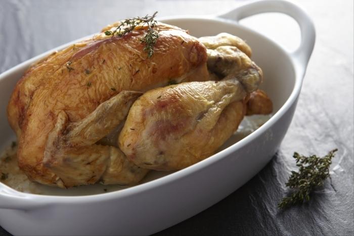 recette-e11980-poulet-roti-au-thym